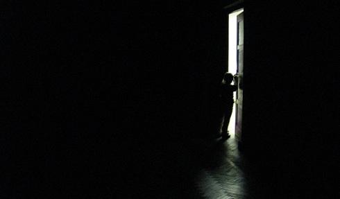 Устройство задержки выключения освещения